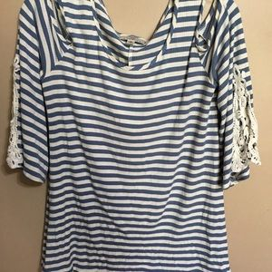 OSO Casuals Rib cold shoulder striped M swing top